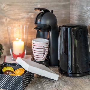 Kaffeemaschine und Wasserkocher