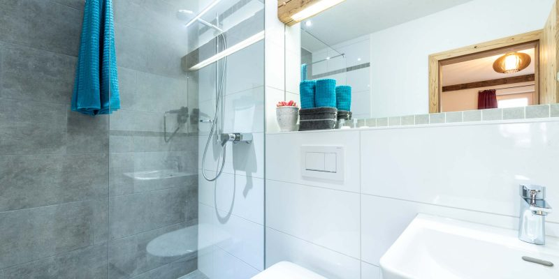 Hotel Pension Wild Otterfing - Badezimmer